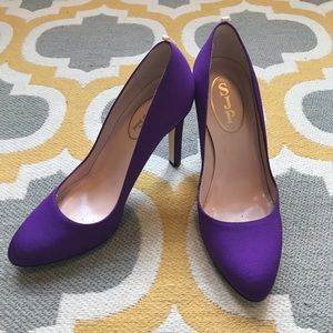 "SJP Purple ""Lady"" Pumps"